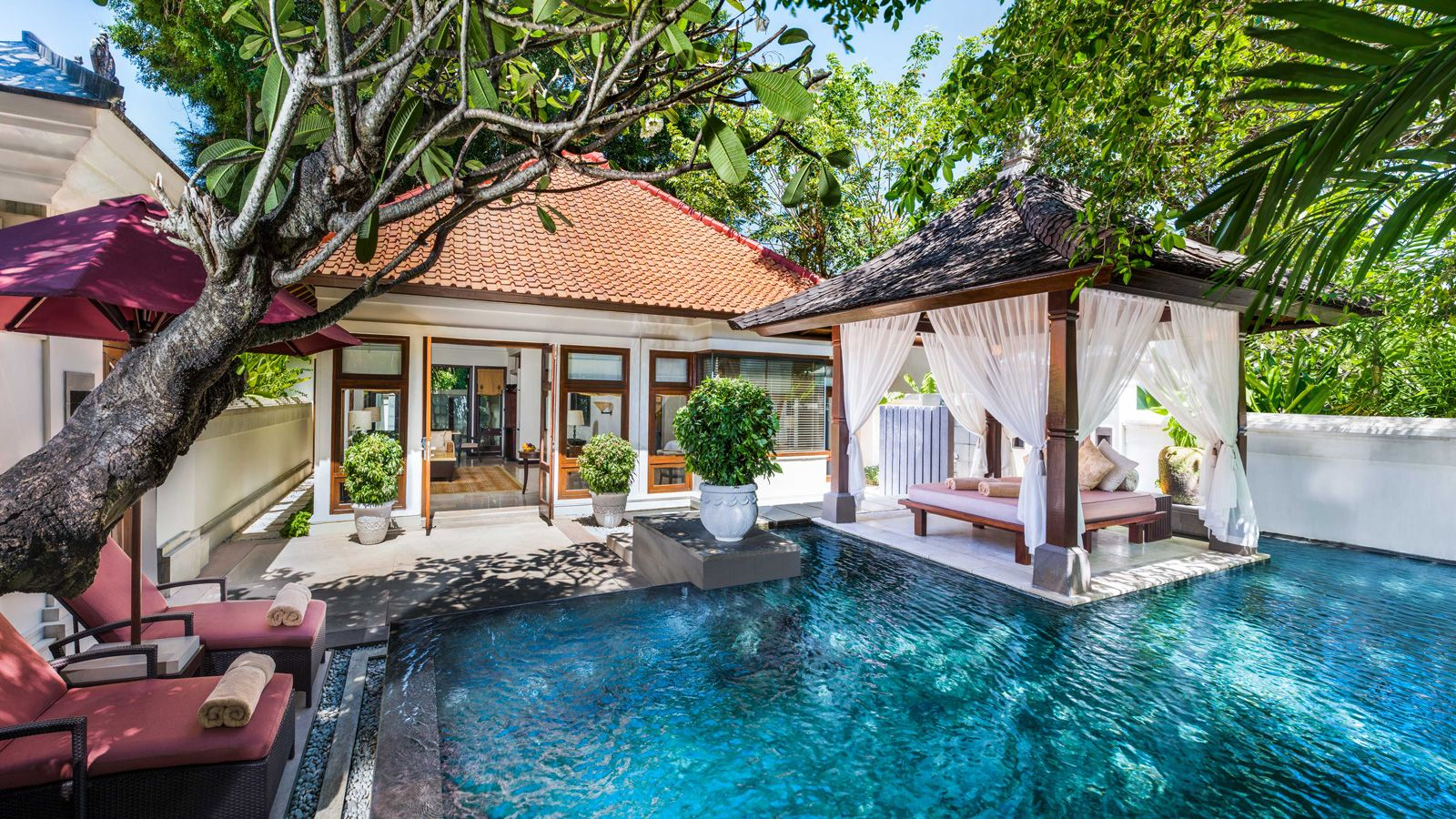 nusa dua hindu singles Our 1-bedroom single pavilion measures 240sqm plus a tranquil garden with bengong daybed and loungers, and an inviting 8x4m freshwater pool  nusa dua 80363, bali .