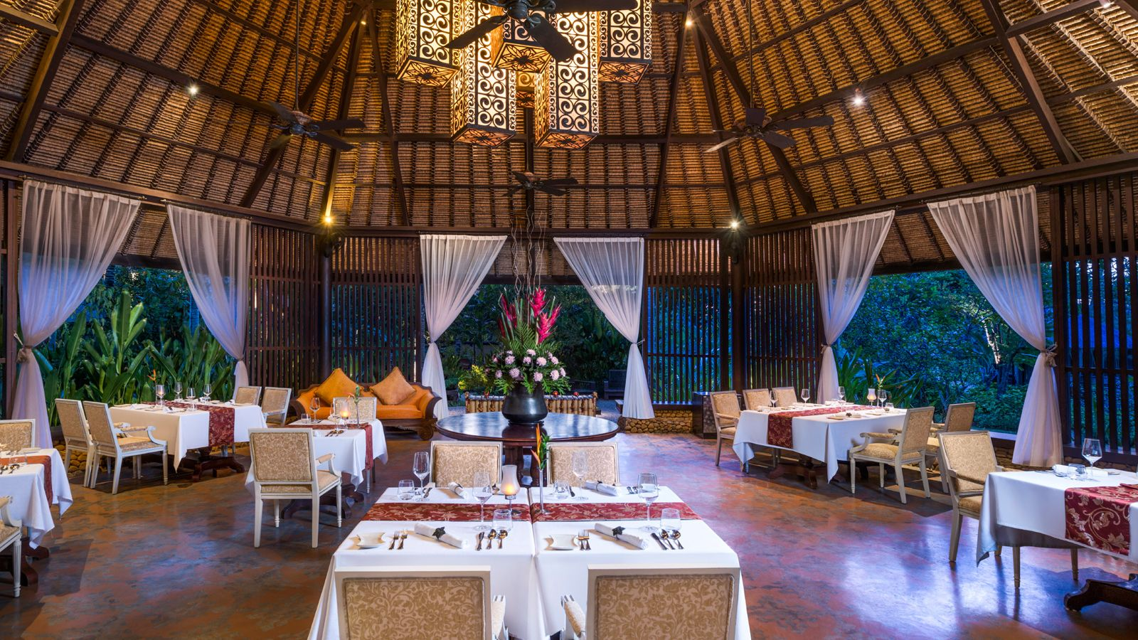 Dulang Restaurant at The St Regis Bali Resort